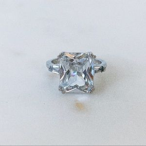 Ring Crystal Ice